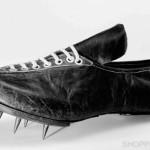 Первые футбольные бутсы от Adidas
