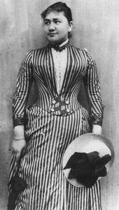 Паулина Эйнштейн (Кох), 1858 – 1920.