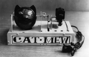 Cat-Mew - устройство, которое производит звуки кошки, чтобы избавить дом от грызунов