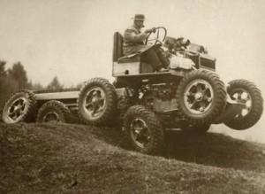 Автомобиль-неваляшка, способный передвигаться по склонам до 65 градусов (1931)