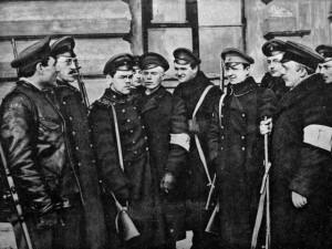 Русский социализм: присвоенные большевиками эксперименты